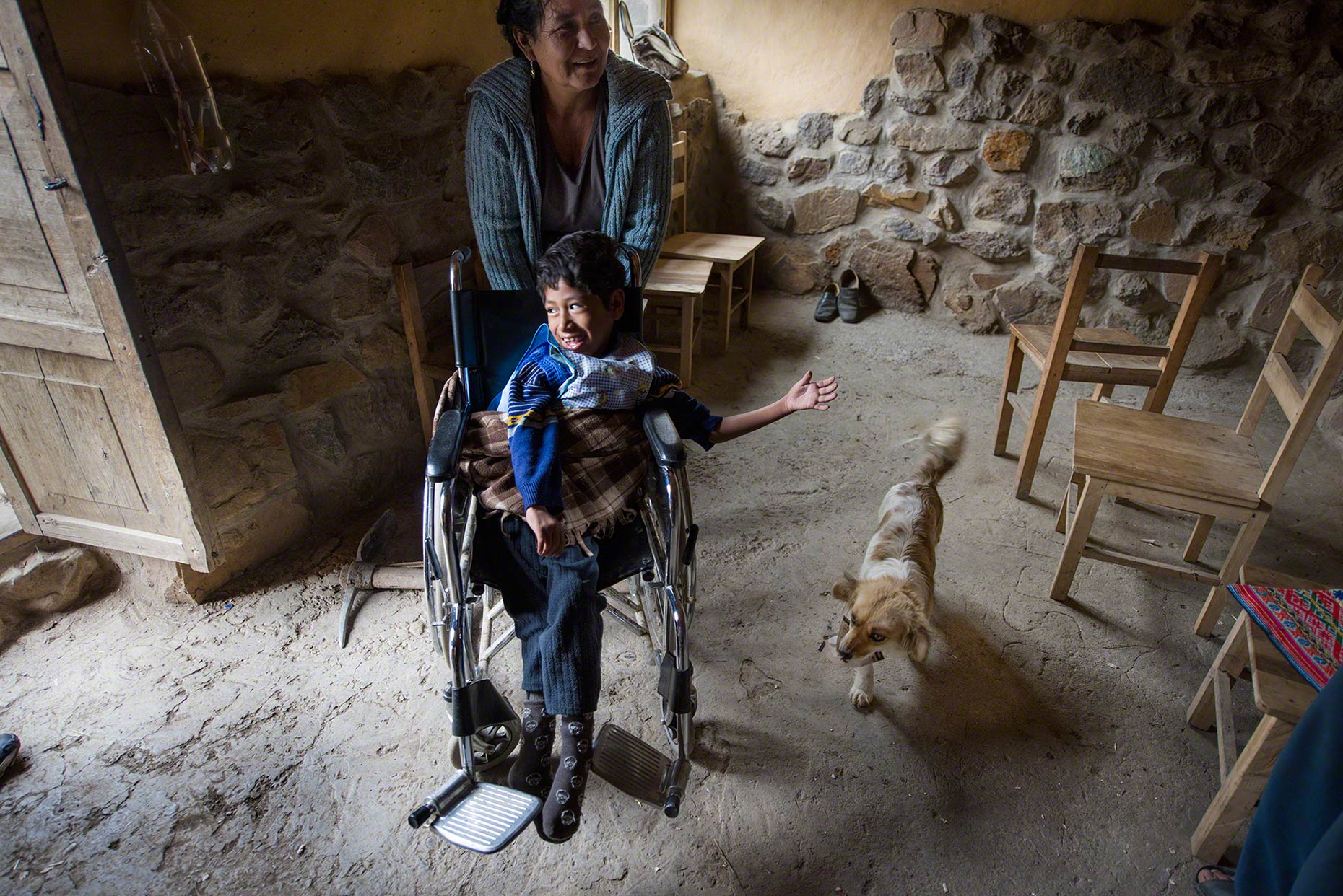 Silla de Ruedas Many disabled children in Peru will never have a wheelchair. This one was given to the Reyes Family by Living Heart Peru, an organization dedicated to supporting families in the Andean highlands.